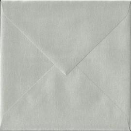 SOBRE 17X17 GRIS PLATA